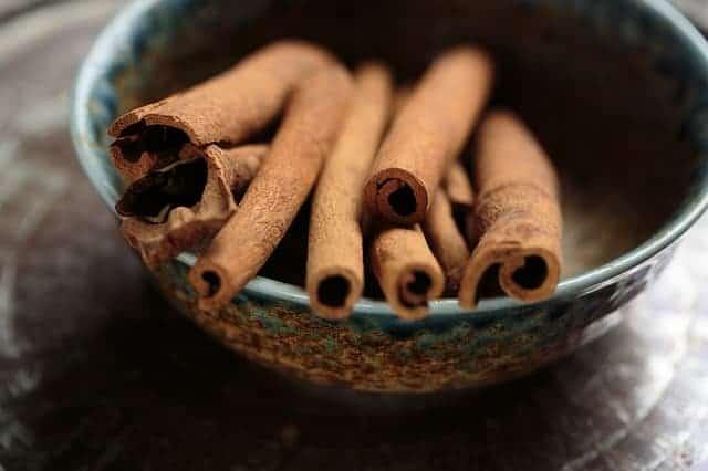 cinnamon extra virgin olive oil