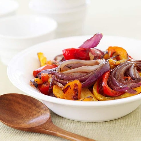 Tri-Color Roasted Peppers and Red Onions | Recipes | WW USA